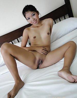 Asian Amateurs Pics